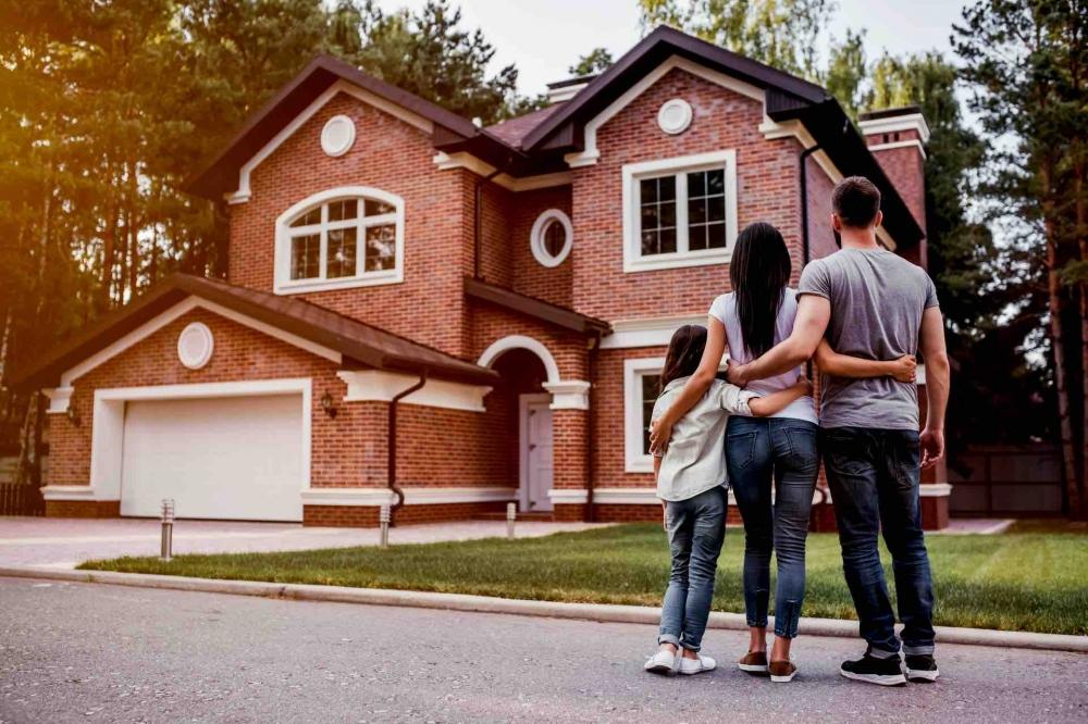¿Por qué conviene la visita física antes de comprar casa?